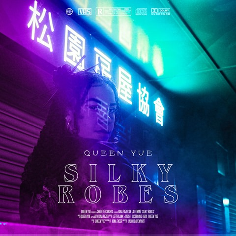 Queen_Yue_Silky_Robes
